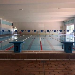 Vasche deserte ancora per poco: il 14 giugno la Bustese Nuoto ricomincia l'attività