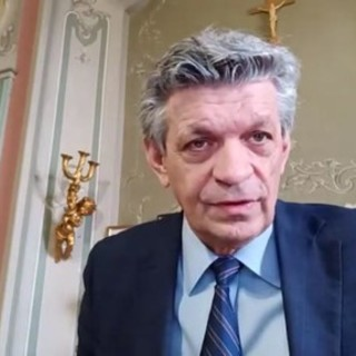 Il sindaco di Gorla Minore, Vittorio Landoni, cerca volontari per contrastare l'odioso fenomeno dei cattivi odori estivi
