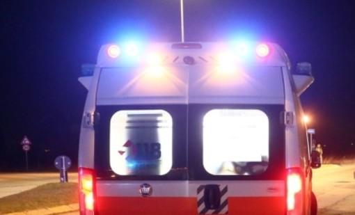 Scontro auto moto a Mornago, 39enne trasportato in codice giallo all'ospedale di Circolo