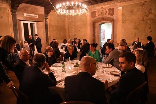 La sala della location Camponovo al Sacro Monte che ha ospitato il primo compleanno di Varese Noi (le foto sono di Fabio Averna)