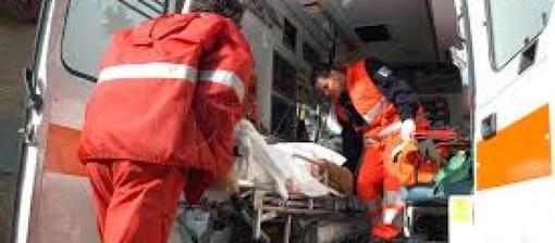 Besozzo, diciassettenne cade dalla moto e finisce al pronto soccorso
