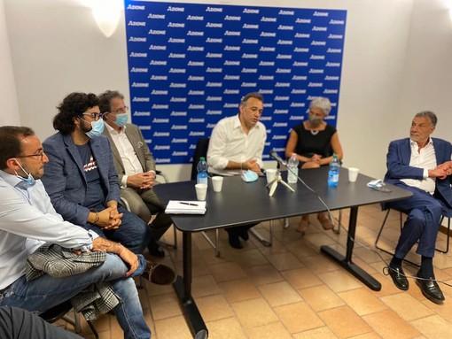 Azione trova casa a Varese nell'ex sede di Forza Italia. Pignone: «Segnale simbolico che va oltre le ideologie»