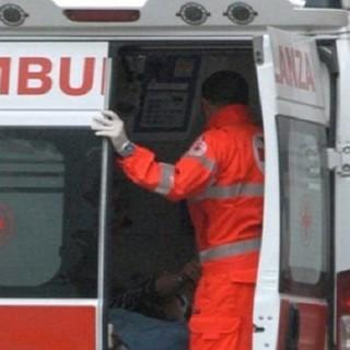 Gallarate, scontro auto-moto in via Varese: grave 35enne