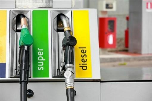 Fino a venerdì alle 6 sciopero dei benzinai, ma a Varese sono quasi tutti aperti