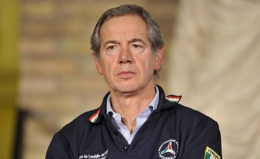 Coronavirus, Bertolaso: «A Brescia la terza ondata. Nel resto della Lombardia fase per ora gestibile»