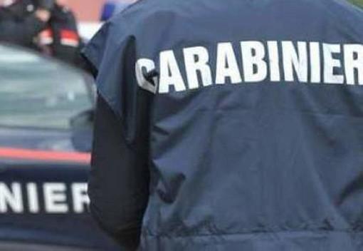 Malnate, litiga con una conoscente, poi minaccia i carabinieri: arrestato