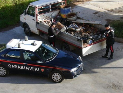 Trasportavano materiale inquinante, denunciati due pregiudicati