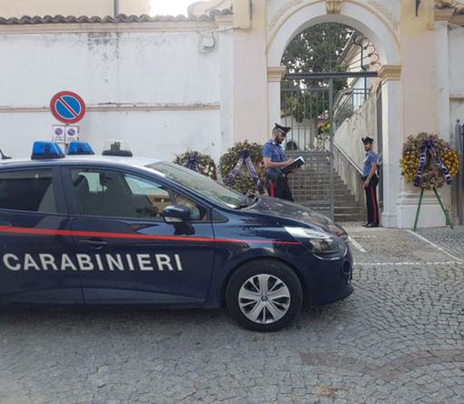I carabinieri di Samarate sul luogo dell'incontro