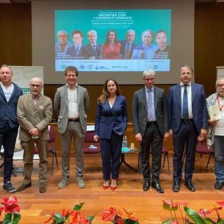 Da sinistra i sette candidati sindaco di Varese all'Insubria: Tomasella, Zanzi, Bianchi, Cazzato, Galimberti, Coletto e Pitarresi