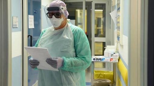 Covid-19, in Italia oggi 24.099 nuovi casi. Lombardia +4.533, Veneto +3.708, Piemonte +2.132, Campania +1.651
