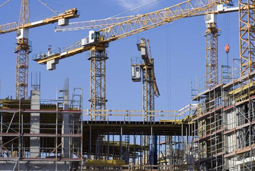 «Riconoscere il lavoro di qualità e in sicurezza»: la richiesta dei sindacati dell'edilizia a Regione Lombardia