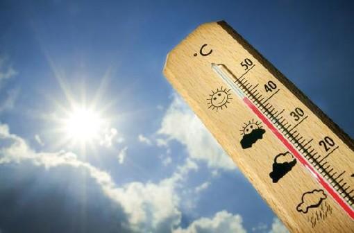 Ondata di caldo torrido su tutta la provincia: a Varese oltre 33 gradi. A Ranco il picco con 36,3