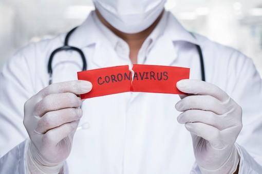 Coronavirus, dal 2015 ad oggi decessi più che raddoppiati. Astuti (PD): «Uno tsunami, ma la nostra debolezza è nella medicina territoriale»