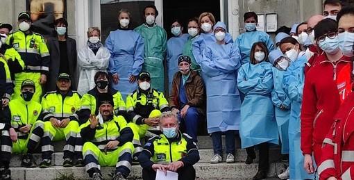 La squadra dei vaccinatori a domicilio a Gavirate