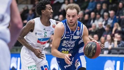 Basket, altra firma per Varese: ecco il lungo Andersson. Grande attesa per Scola