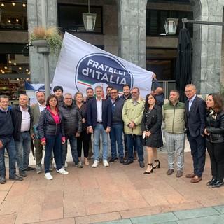 FOTO E VIDEO. Fidanza a Varese per Fratelli d'Italia, Giordano: «Ci ha entusiasmati. Faremo la differenza»