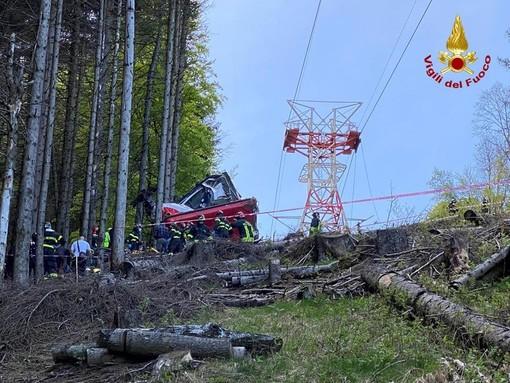 Precipita funivia sul Mottarone: 14 morti. Cinque vittime erano della nostra provincia: due giovani di Varese e una famiglia di Vedano con il loro bimbo