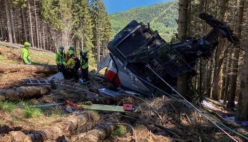 AUDIO Mottarone, la telefonata dell'operatrice del 118 che avverte i carabinieri: «E' precipitata la cabina della funivia»