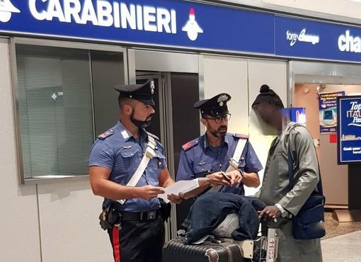 Immigrazione, pakistano arrestato dai carabinieri a Malpensa