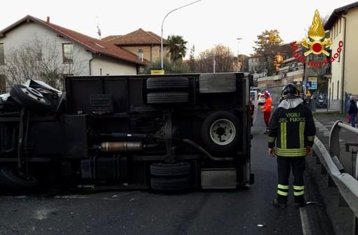 FOTO. Incidente in viale Valganna a Varese: nuove immagini