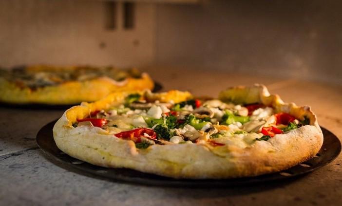 Forno professionale per pizza: come scegliere quello giusto