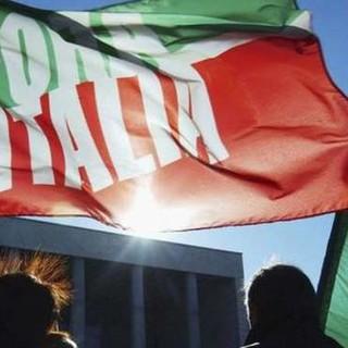Forza Italia dopo le dimissioni di Leonardi: «Rispettiamo la scelta e lo ringraziamo, ma chi è ai vertici deve saper infondere coraggio...»