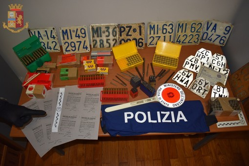 Da Busto a Savona per rubare una Vespa: denunciato dalla polizia
