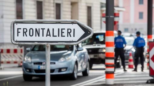 La denuncia dei sindacati: «Nel Decreto Rilancio non c'è nulla per i frontalieri italiani»