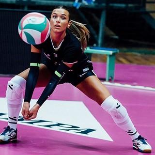 Giorgia Zannoni è il nuovo libero della Uyba: «Orgogliosa di vestire questa maglia»