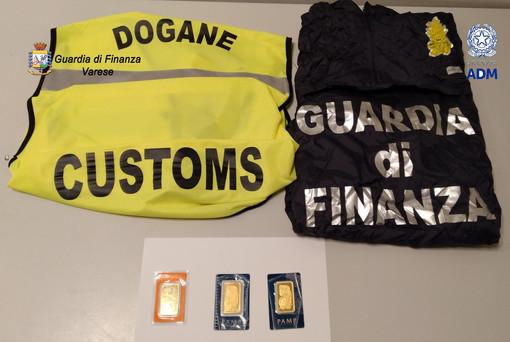 Malpensa, nasconde tre placchette d'oro nel bagaglio: passeggero denunciato per tentato contrabbando