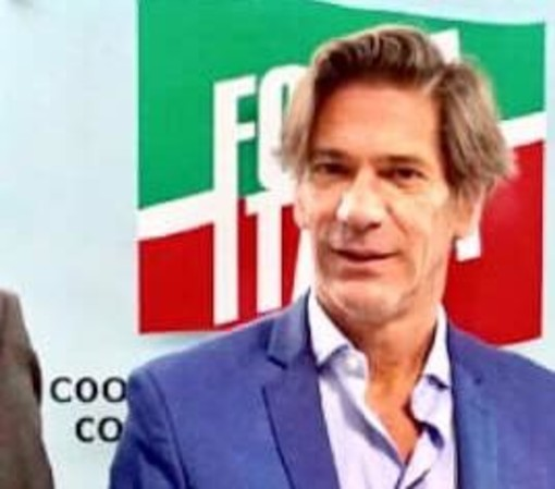 «I proventi della sosta ai ristori per commercianti», la proposta del consigliere Galparoli (FI)