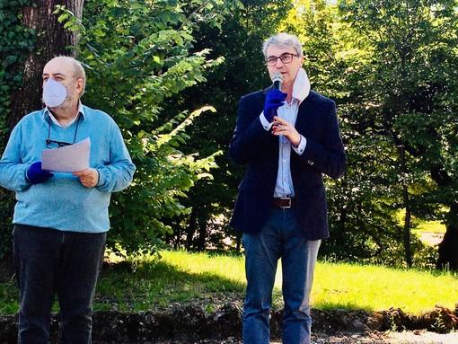 Davide Galimberti ha presentato questa mattina gli oltre 100 eventi dell'estate varesina. Accanto a lui Francesco Spatola, presidente della commissione Cultura