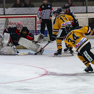 Coronavirus, slittano a martedì i playoff di hockey. Il calendario dei Mastini