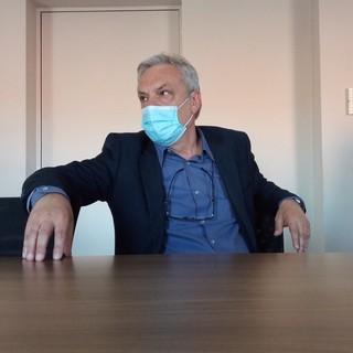 Il direttore sanitario, Claudio Arici, fornisce i numeri sulla riconversione dei posti letto in considerazione della diminuita pressione del Covid sulle strutture della Asst Valle Olona