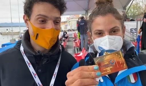 La medaglia d'oro conquistata da Federica Cesarini alla Schiranna fa brillare gli occhi del fratello Matteo e di tutta Varese