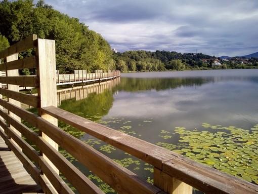 """Un lago di Comabbio da """"mangiare"""": il 26 settembre arriva Merendando"""