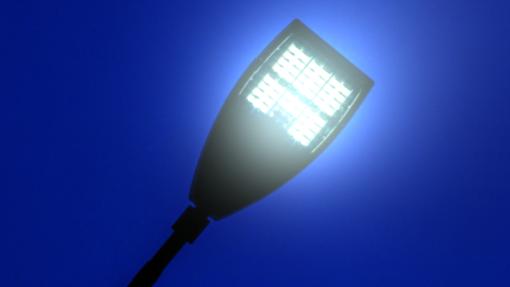 Un lettore ci scrive: «I lampioni a led di via Cadore sono ko: problemi per sicurezza e visibilità»