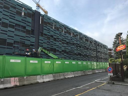 Nuovo multipiano e sconti sui parcheggi, il Comune studia la sosta per Natale