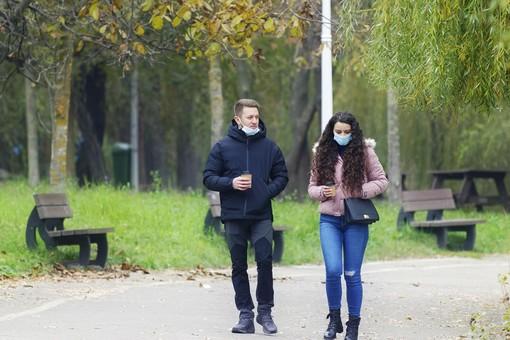 Coronavirus, la Lombardia sarà di nuovo in zona arancione da lunedì