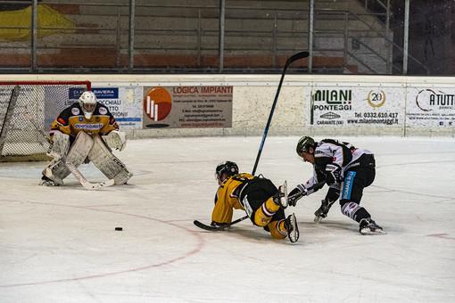 L'esempio dell'hockey su ghiaccio: «Tutte le società unite verso il futuro. Al primo posto ci sono pubblico, riapertura degli impianti e progetto comune»
