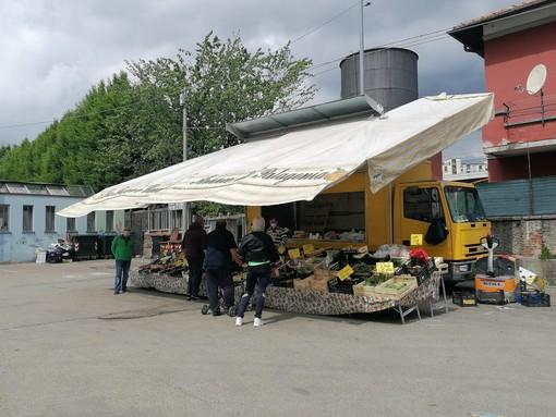 """Il mercato di Varese diventa """"diffuso"""" e il lunedì sarà anche in piazzale De Gasperi"""