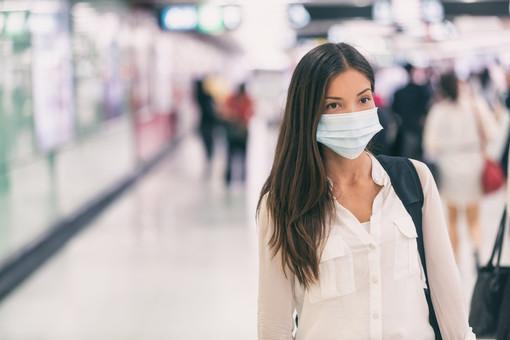 Covid-19, in Svizzera obbligo di mascherina sui mezzi pubblici. Il Ticino pensa di estendere la misura