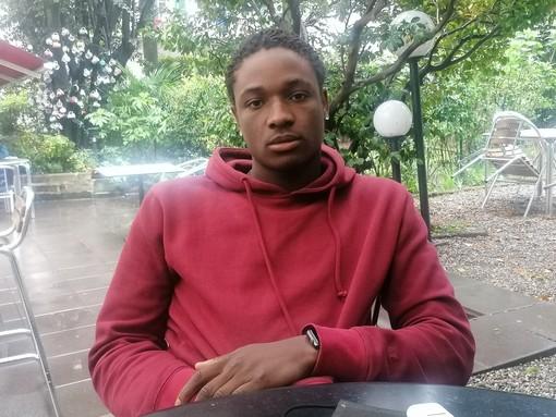 «Mio cugino è morto a 17 anni nel naufragio di un gommone in mezzo al mare. Da Varese gli dicevo che questo non è l'Eldorado»