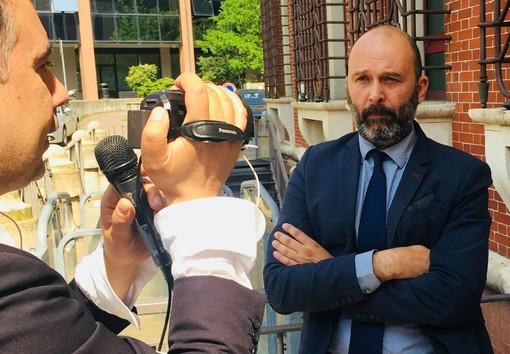 L'avvocato Mauro Nucera intervistato da Filippo Brusa di Biancorossi News, la testata giornalistica di Rete 55, fuori dal tribunale di Varese