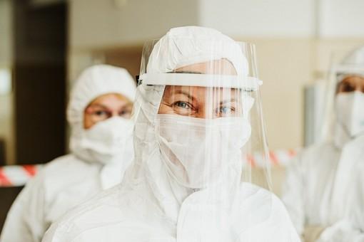 Coronavirus, in provincia di Varese oggi 112 contagi. In Lombardia 2.302 casi e 77 vittime
