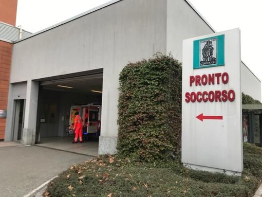 A contatto con il solvente: dipendente di una ditta di Brissago Valtravaglia finisce al pronto soccorso