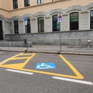 Busto, la riqualificazione delle aree di sosta parte dai parcheggi per le persone con disabilità