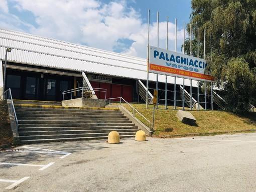Il palaghiaccio non riaprirà: Palazzo Estense accelera sulla pista provvisoria da ultimare entro un mese dall'inizio dei lavori