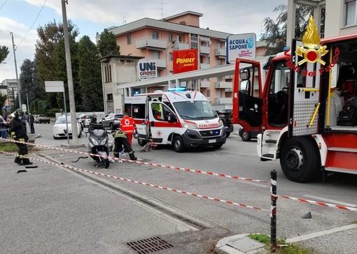 Gallarate, scontro auto moto in via Ferrario: grave un uomo di 59 anni
