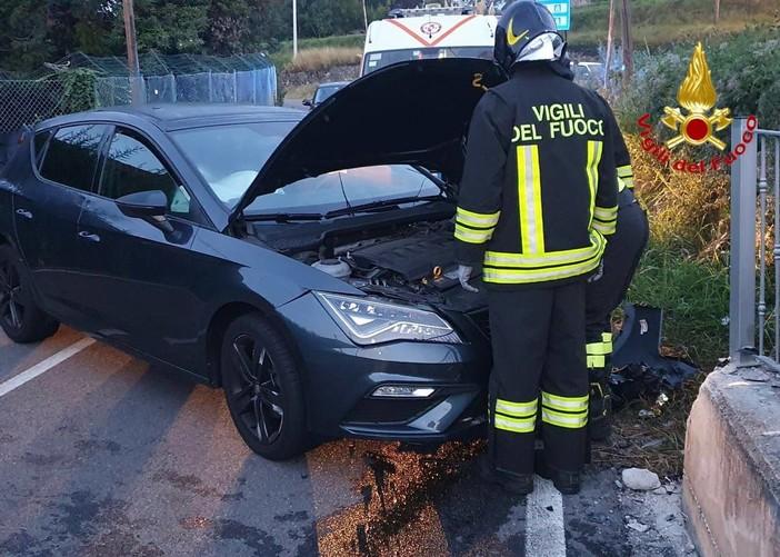 Incidente a Clivio: auto fuori strada, un ferito